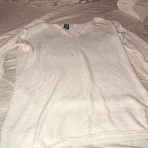 GAP Sweaters - Gap white knitted v-neck sweater